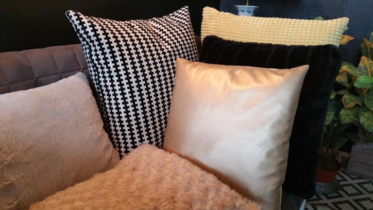Less colours more patterns & textures gamanacasa