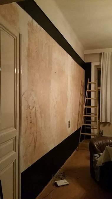 living room black wall frames 2 gamanacasa