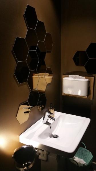 gamanacasa balthasar restroom