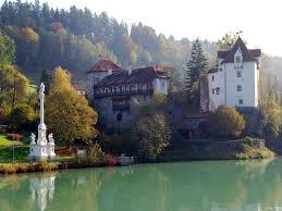 vienna gamanacasa mariensäule werstein castle