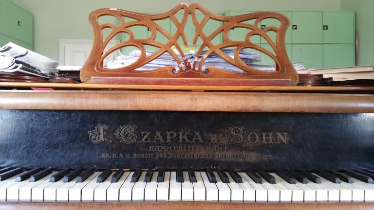 Gamanacasa vienna palace augarten piano