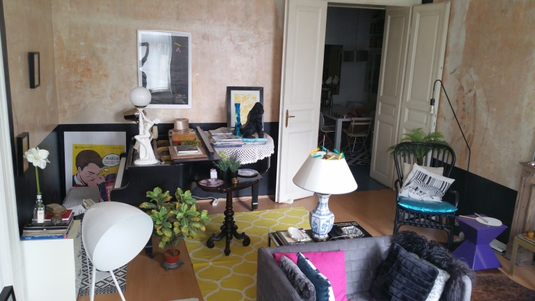 Gamanacasa vienna living room overview 7