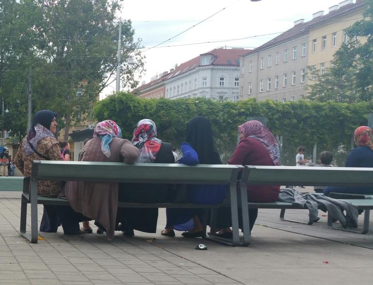 Gamanacasa vienna public space market 7